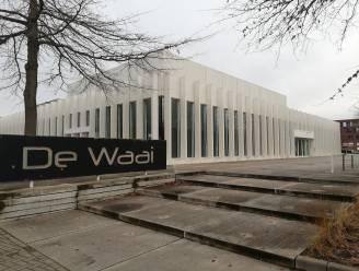Medewerkers en vrijwilligers gezocht voor vaccinatiecentra in De Waai en De Zoerla