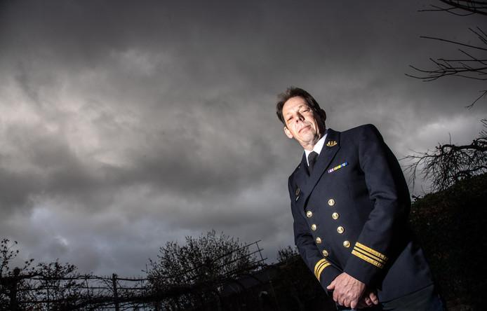 """Vlootpredikant Thijs Oosterhuis: ,Mijn kracht is dat ik hetzelfde meemaak als de militairen, ik ken hun wereld van binnenuit."""""""