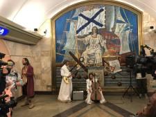 Deventer straattheatergezelschap Gajes verovert Sint Petersburg met Odysseus in de metrogangen