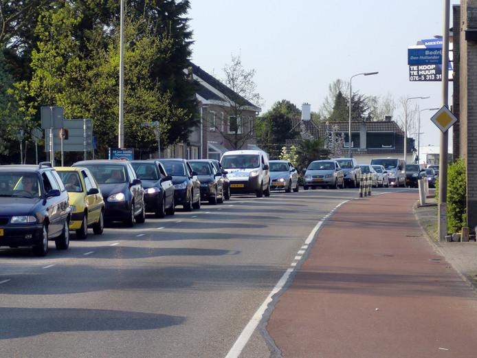 De Gastelseweg in Roosendaal. (archieffoto)