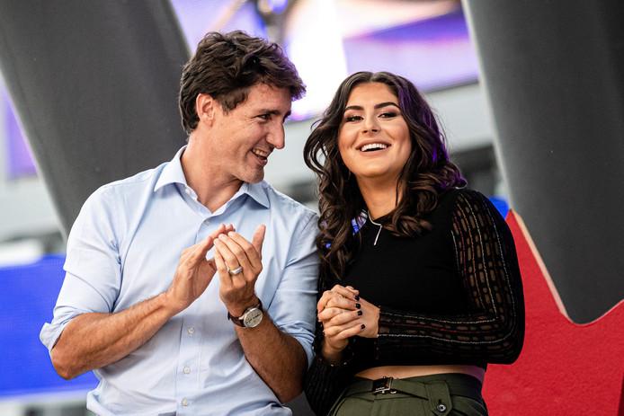 De Canadese premier Justin Trudeau (l) was ook naar Mississauga gekomen voor de huldiging van Andreescu.