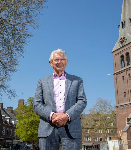 Oud-burgemeester Overbetuwe moet Renkum uit crisis helpen