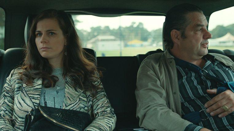 Elise speelt in 'Undercover' de vrouw van Ferry.
