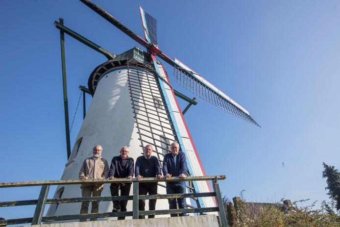 Molenaars bij molen 't Nupke in Geldrop
