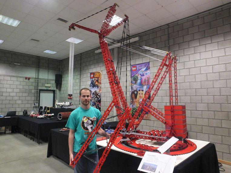 De meer technische constructie van Joachim Verniers: een kraan van 3,5 meter hoog.