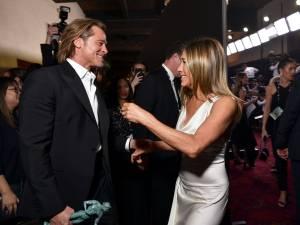 Ce qui se cache derrière cette photo de Jennifer Aniston et Brad Pitt