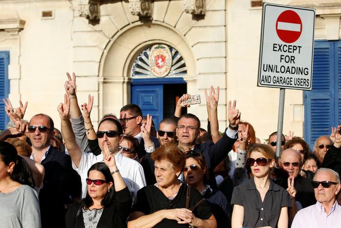 Na de dood van Galizia zijn er meer protesten, zoals hier tijdens haar begrafenis.