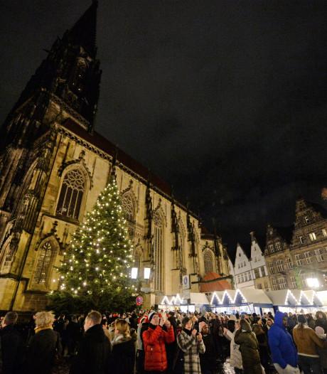 Twentenaren met bussen en treinen vol op jacht naar het goede kerstgevoel in Münster