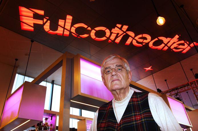 Voormalig directeur-bestuurder Ed Caris van het Fulcotheater wil onkosten en immateriële schade declareren bij de gemeente IJsselstein.