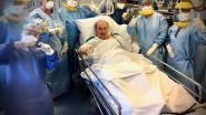 Eerste coronapatiënt in ASZ Geraardsbergen die langdurig kunstmatig werd beademd, verlaat dienst intensieve zorg