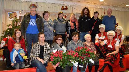 Curieus Ieper en S-plus Vlamertinge bezoeken rusthuisbewoners