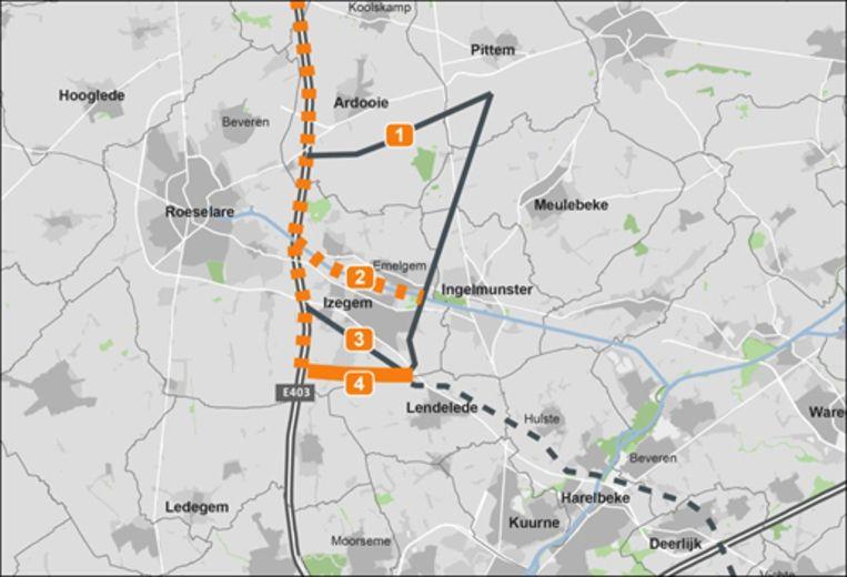 Het plannetje met de vier mogelijke routes boven Izegem.