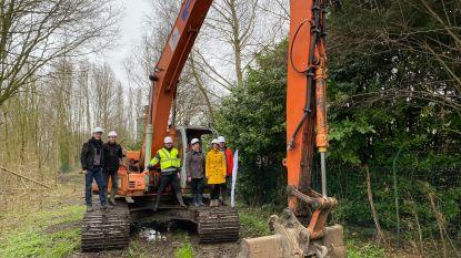 """Werken voor 1,4 kilometer extra fietssnelweg F414 tussen Burst en Aalst gestart: """"Na deze zomer blijft nog 5,2 kilometer te gaan"""""""