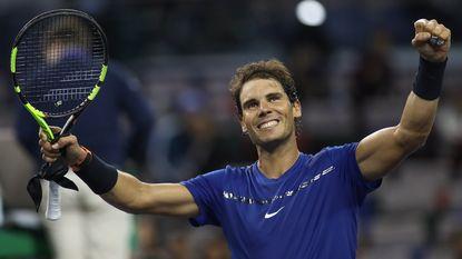 Nadal en Federer naar kwartfinales Shanghai - Del Potro schakelt derde reekshoofd Zverev uit