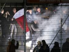Vier agenten gewond na voetbalrellen in Cuijk