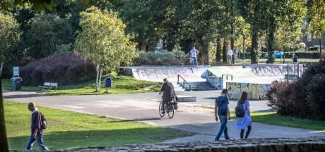Politie pakt zes jonge mannen (15 tot 18 jaar) na gewelddadige beroving Wezenlandenpark in Zwolle