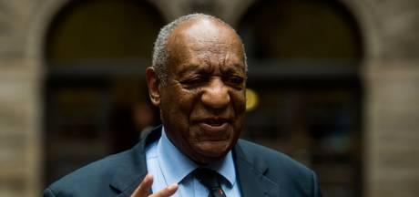 Bill Cosby voor het eerst sinds 2015 weer op de planken