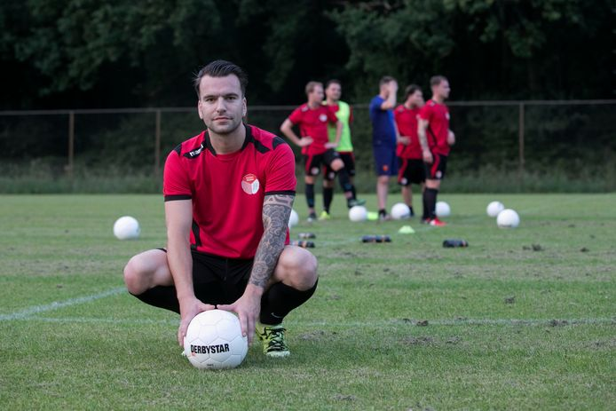 Verdediger Tim Smits speelt volgend seizoen voor SV De Braak