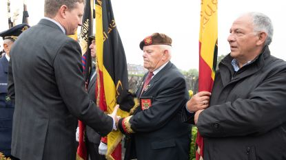 """Canadese piloot Stuart Leslie wordt na 75 jaar herenigd met zijn oorlogsmakkers: """"België is even thuis als Canada"""""""