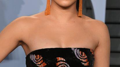 'Riverdale'-actrice Camila Mendes deelt wardrobe malfunction via Instagram