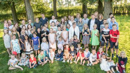 126 'kinderen' op feestje van onthaalmoeder die er na 24 jaar mee stopt