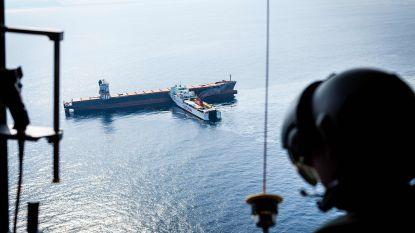 Gigantische olievlek na crash schepen in Middellandse Zee, schoonmaakoperatie gestart