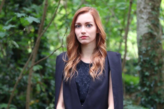 Sara Weeda uit Haaksbergen, muziekdocent in Hof van Twente, helpt bij het opzetten van een concertreeks middeleeuwse koorzang in Oost-Nederland.