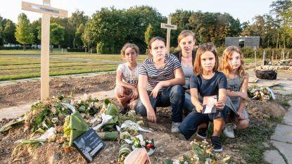 """Gewetenloze dieven slaan toe op begraafplaats: """"Mijn peter was nog maar een week begraven. Hoe wreed kunnen mensen wel zijn?"""""""