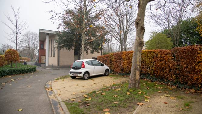 """Gemeente plant verkoop administratief centrum in Padweg aan vzw Vrij Onderwijs: """"Nieuw Sociaal Huis op site oud postgebouw tegen 2023"""""""