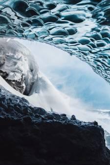 Amersfoortse wint prijs met foto van IJslandse ijsgrot