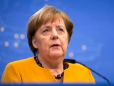 """Juncker: """"L'Histoire prouvera qu'Angela Merkel avait raison"""""""