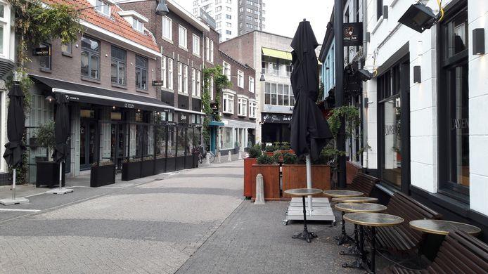 Binnenstad Eindhoven bij het begin van de tweede  lockdown. Hier de Kleine Berg.