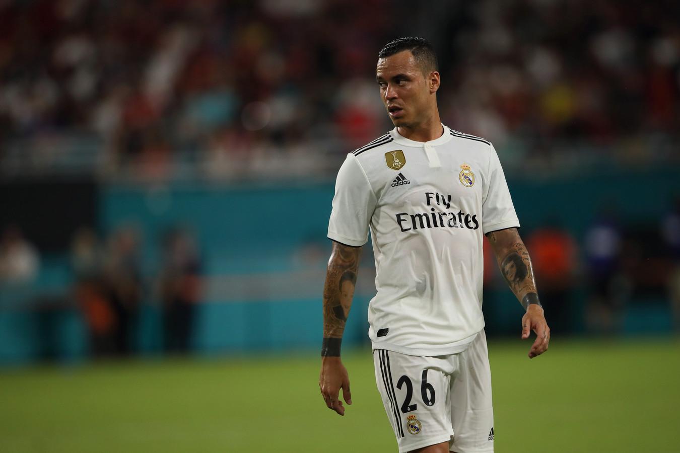 Raúl de Tomás in het shirt van Real Madrid in de voorbereiding op dit seizoen.