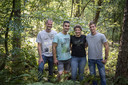 Hengstenboer Steffi met haar drie mannen: Kevin (links), Harrold (midden) en Roel. FOTO LISELLE DEUNK