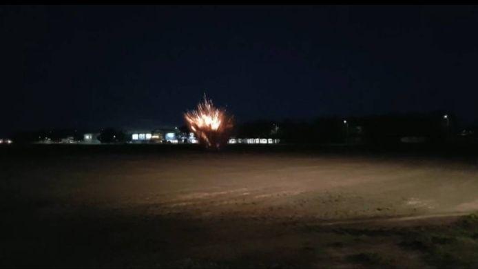 De explosieven die in de auto gevonden werden, zijn tot ontploffing gebracht.
