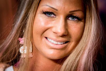 Barbie onderhandelt over carrière als pornoactrice
