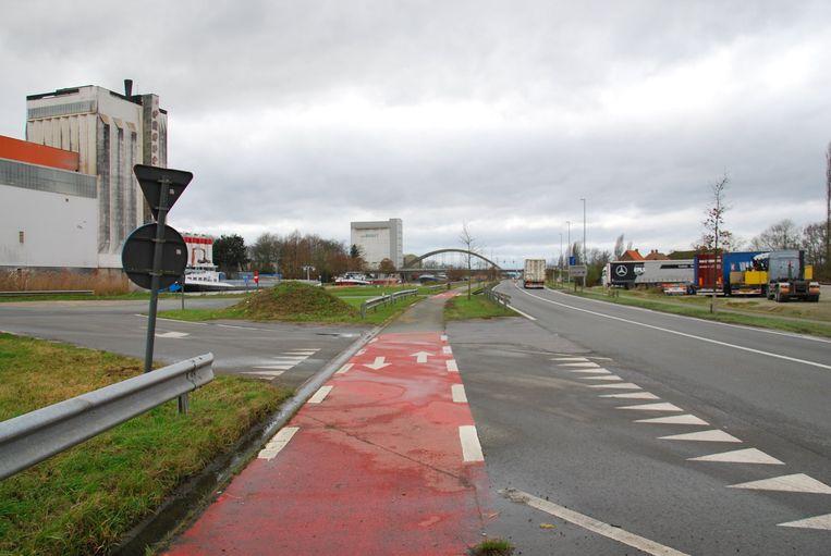 De op- en afrit N382 - Vaartstraat wordt afgesloten.