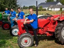 Lang lint oude tractoren trekt door Heumen en Wijchen
