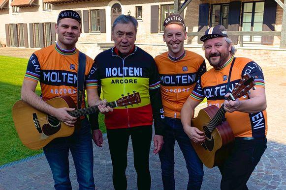 De Molteni's, onlangs nog op bezoek bij Eddy Merckx, spelen dinsdag op de Grote Markt bij de ploegenvoorstelling.