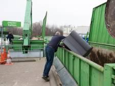 Eindejaarsdrukte bij milieustraten Avri: 'Inwoners lijken tijd te gebruiken om tuin en huis op te ruimen'