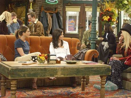 "Courteney Cox en dit plus sur le retour de ""Friends"""