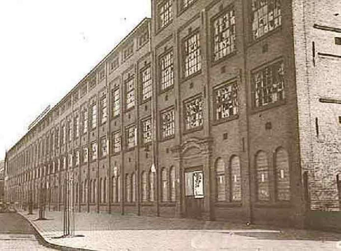 De voormalige sigarenfabriek Van Garderen (1875) aan de Mathildelaan werd in 1927 omgebouwd tot de Ventoseflat met woningen.