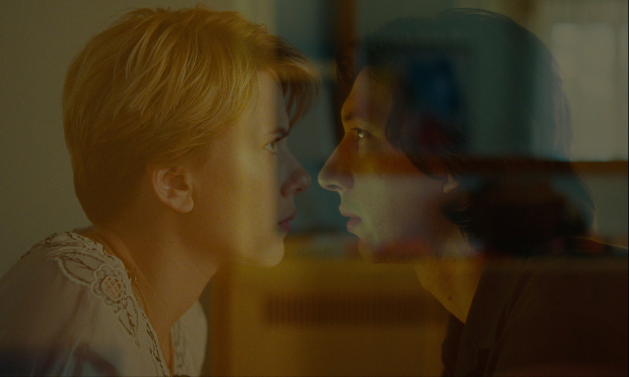 Scarlett Johansson en Adam Driver in Marriage Story.