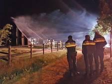 Woningbrand in IJhorst blijkt moeilijk te bestrijden