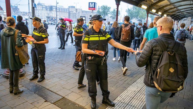Agenten voerden eerder actie bij het Centraal Station voor een betere cao. Beeld anp