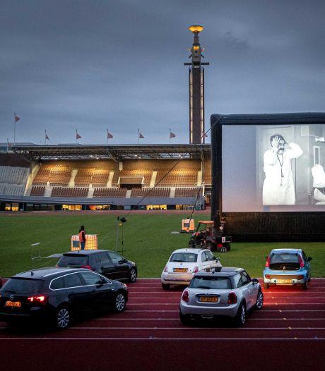 Drive-in bioscoop smaakt naar meer: 'Auto's zijn een veilige oplossing voor evenementen'