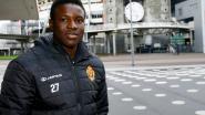 Hassane Bandé maakt officieuze debuut voor Ajax, waarna fans allemaal hetzelfde over ex-aanvaller KVM tweeten