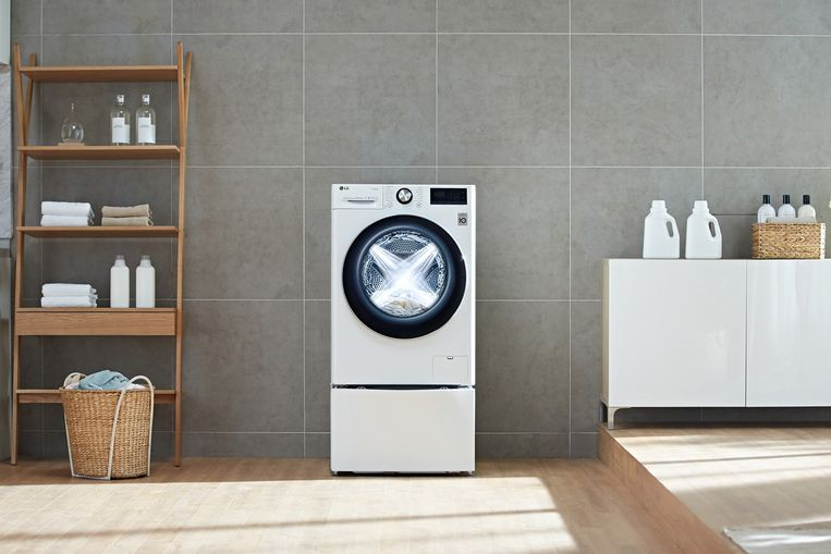 De AI in deze wasmachine stelt haar eigen programma's in.