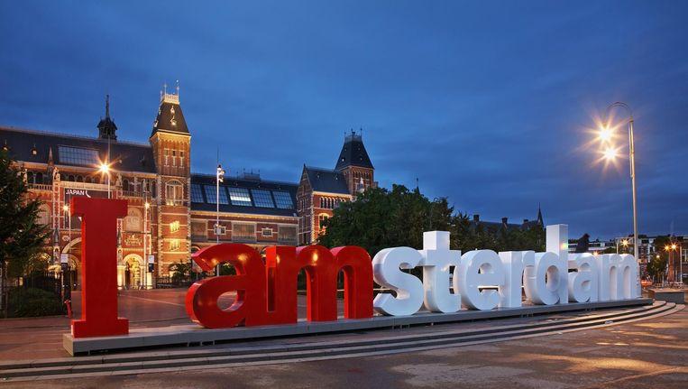 Wat zou er zijn gebeurd als deze letters stilletjes van het Museumplein waren gehaald? Beeld Shutterstock
