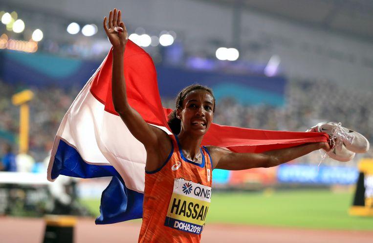 Sifan Hassan na de winst op de 10.000 meter op het WK in Doha. Beeld BSR Agency
